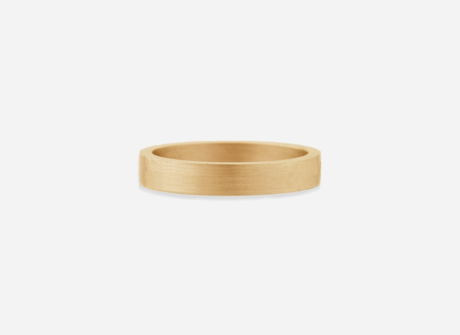 Classic Wedding Band Ring in Gold, 4mm